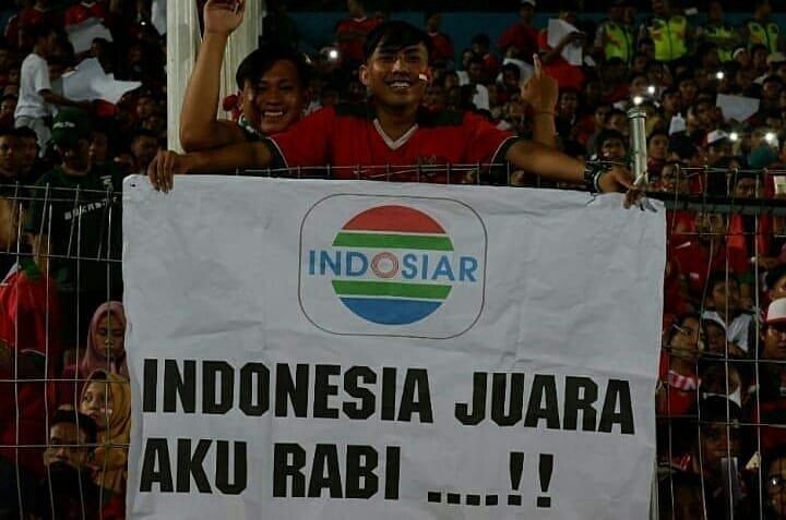 aksi suporter indonesia aff ag © Twitter