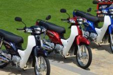 Ini ternyata motor bebek termahal di Indonesia, desainnya retro