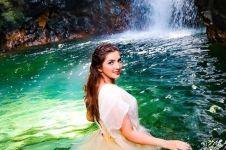 Pemotretan di air terjun, background foto Ashanty ini bikin merinding