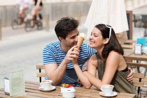 Ngedate sambil makan es krim, ini 5 tipe gebetan dari pilihan rasanya