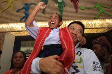 10 Momen pertemuan Joni dan Menpora, diberi maskot & jaket Asian Games