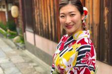 10 Gaya Rikako Ikee, si cantik peraih 4 emas cabor renang AG 2018