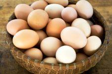 Masukkan 15 telur rebus ke dalam anus, nasib pria ini berakhir miris