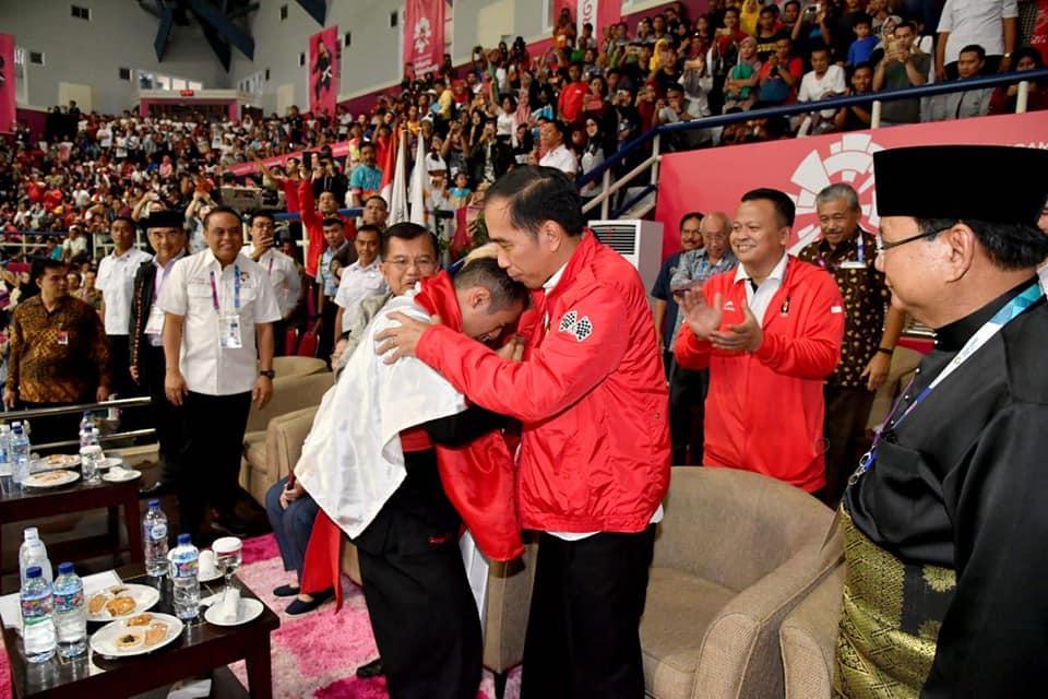 Momen Terbaik Asian Games 2018 Jokowi Prabowo Pelukan Bareng Atl