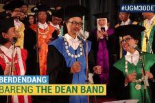 Euforia wisuda UI & UGM bawakan lagu Asian Games, suasananya meriah