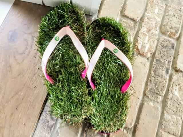 sandal kelewat kreatif © 2018 berbagai sumber