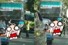 Nekat serobot jalur anggota TNI, begini yang terjadi dengan bus ini