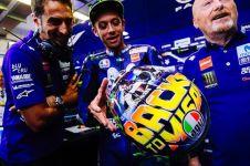 Selalu ganti desain, ini 10 helm Rossi saat tampil di MotoGP Misano