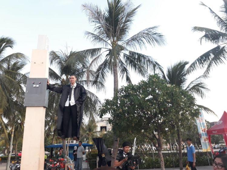 Tahun baru Islam di Ancol, pesulap melayang di ketinggian 5 meter