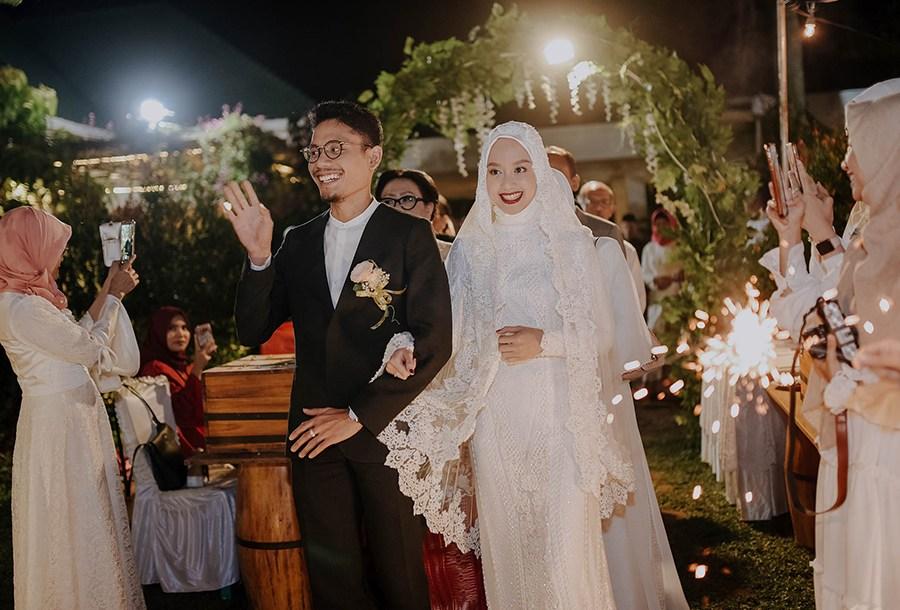 gaun pengantin hijab © 2018 brilio.net