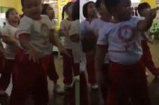 Aksi bocah tirukan dance Momoland 'Bboom Bboom' ini kocak banget