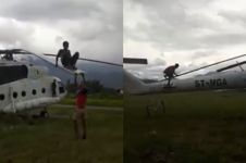 Cara anak Papua bermain ayunan ini gereget abis, berani coba?