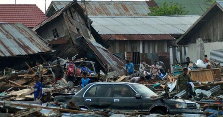 5 Kisah haru penyelamatan gempa & tsunami Palu-Donggala