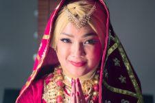 Perankan gadis Minang, Nirina Zubir mengaku tertantang