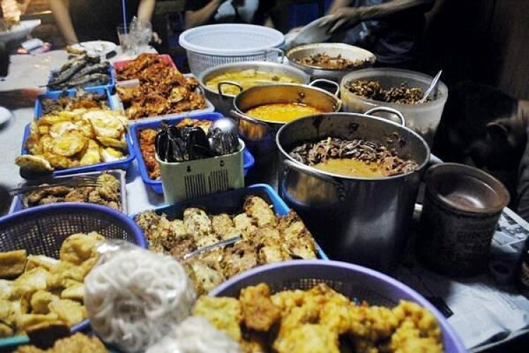 Selain Gudeg Ini 7 Kuliner Malam Favorit Di Jogja