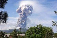 5 Fakta Gunung Soputan, menjadi legenda jalur dewa naik/turun langit