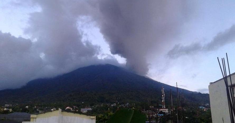 Kembali meletus, ini 5 erupsi Gunung Gamalama dalam 4 tahun terakhir