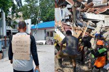 Kisah Anjas mencari istri dan anaknya korban gempa Palu ini bikin haru