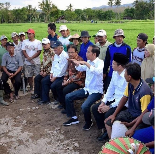 Jeans Jokowi ©Instagram