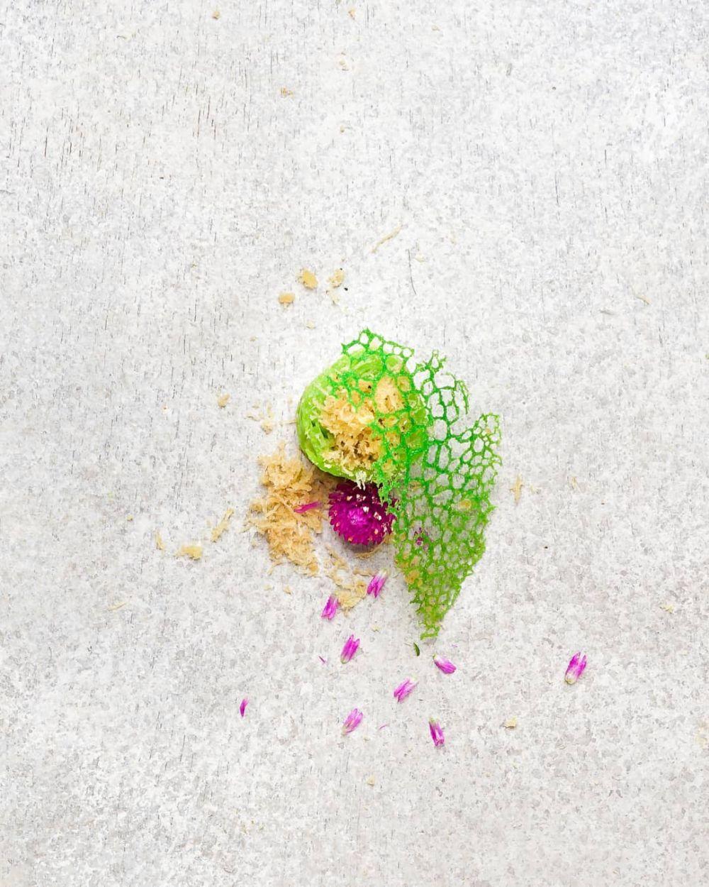 penyajian makanan tradisional © 2018 Instagram