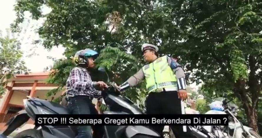 Pengen ikutan ngehits, ini aksi polisi bikin parodi 'seberapa gereget'