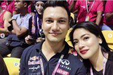 Jarang yang tahu, ini 5 bukti Christian Sugiono pencinta mobil sport