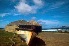 5 Pulau ini destinasi wisata horor paling angker, cocok buat uji nyali
