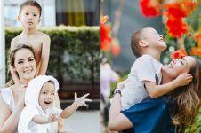 Urus anak tanpa suami, ini 10 momen Cathy Sharon asuh dua buah hatinya