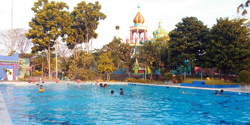 Waterpark Surabaya © 2018 brilio.net