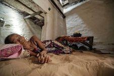 Tradisi di Madura ini unik banget, siang malam tidur beralas pasir