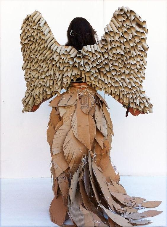 15 Fashion unik terbuat dari kardus ini detailnya kece banget istimewa