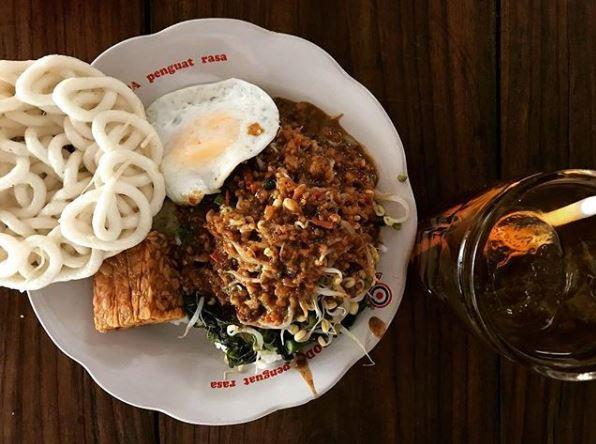 30 Kuliner Jogja yang khas dan paling hits 2018 istimewa