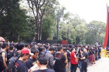 9 Foto euforia penonton menanti konser Guns N' Roses di Jakarta