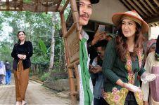 15 Momen Nafa Urbach blusukan kampanye, cantik berkebaya