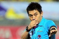 Keputusan kontroversi wasit saat laga Indonesia vs Singapura