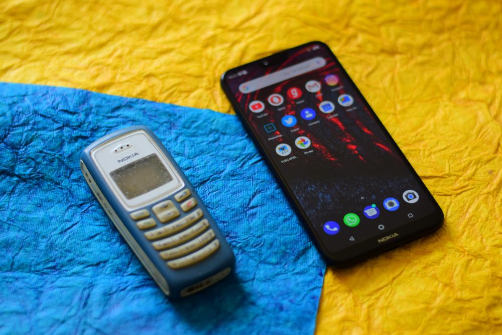 5 Evolusi produk Nokia legendaris, kini punya kamera depan bak cermin