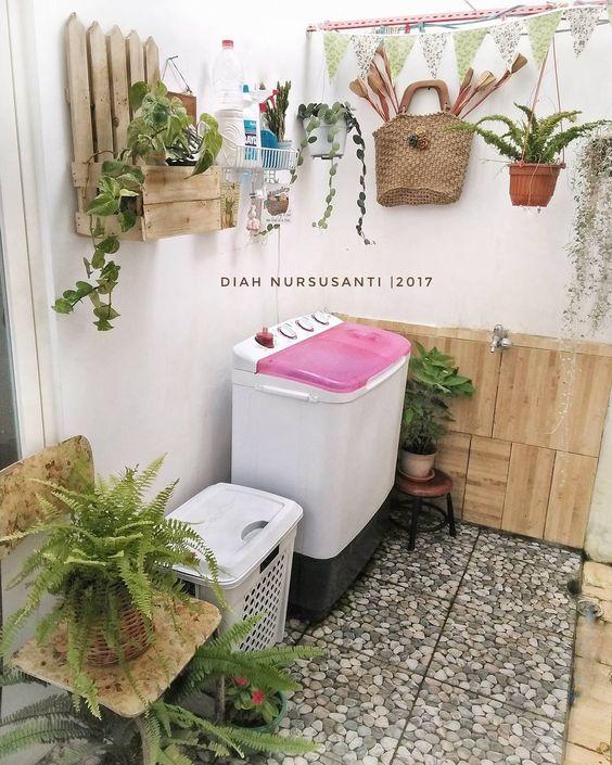 ruang cuci jemur minimalis © 2018 Pinterest