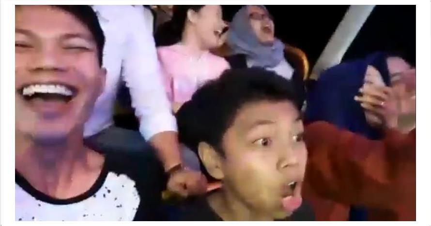 Viral video bocah naik kora-kora di sekaten, ini reaksi ibunya