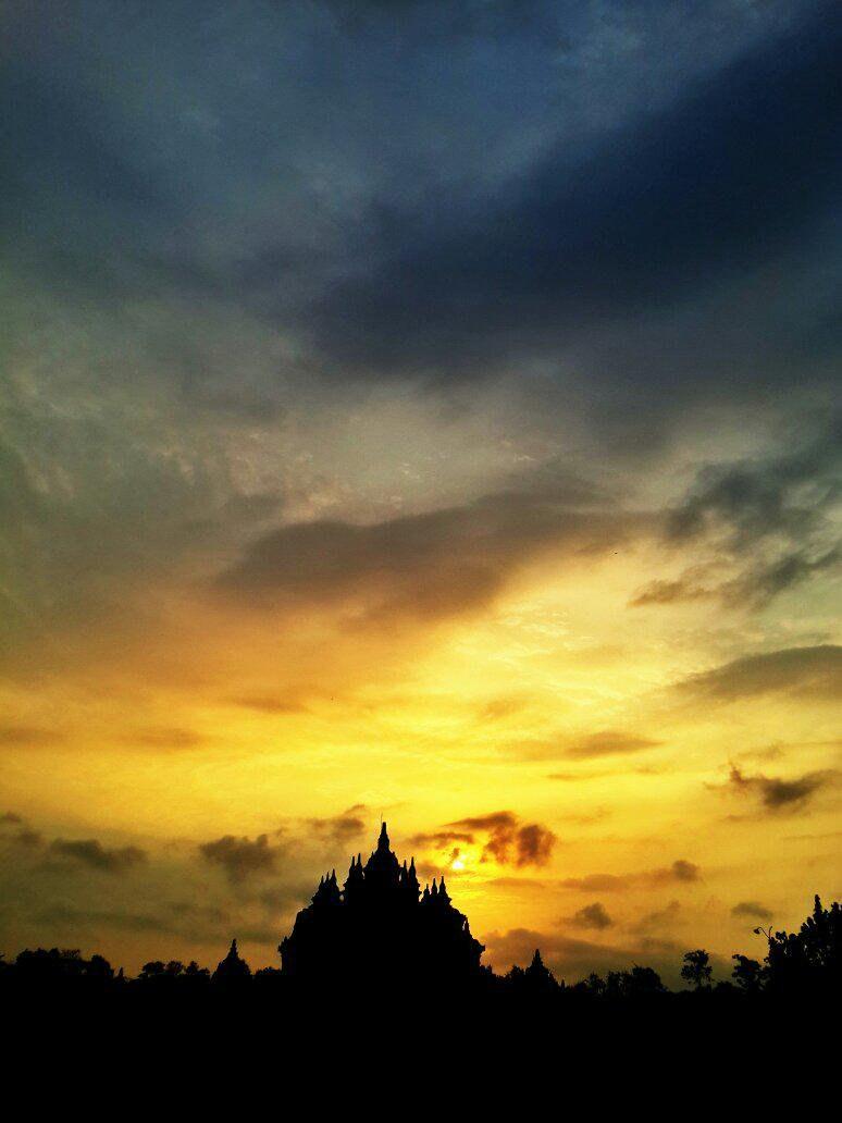 20 Tempat Terbaik Di Jogja Jateng Untuk Menikmati Sunri
