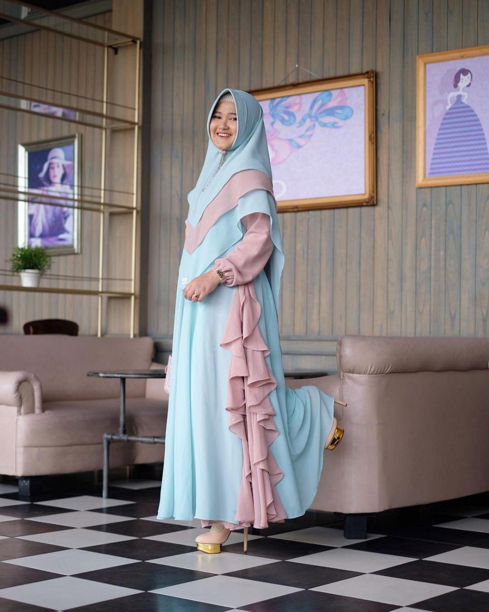 6 Tren hijab unik © 2018 Instagram