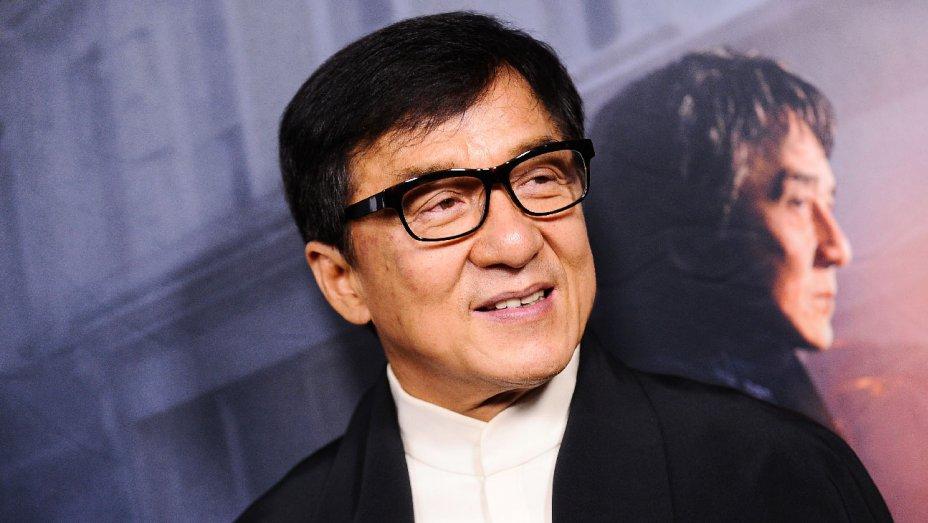 10 Penampakan rumah Jackie Chan, punya banyak pintu rahasia