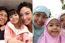 20 Potret kebersamaan Ayu Dewi dengan ibunya semasa hidup
