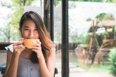 Kepribadianmu bisa dilihat dari cara minum teh, cek di sini yuk!