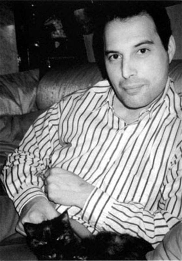 Foto Freddie Mercury zaman dulu © 2018 brilio.net