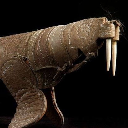 Museum ini pamerkan koleksi 12 patung dari kulit manusia, serem