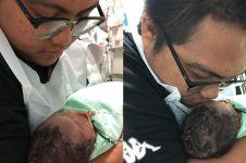 Kisah bayi baru lahir cuma bertahan hidup 24 jam ini bikin pilu