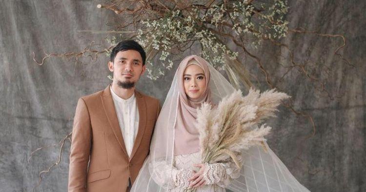 4 Fakta resepsi pernikahan Lindswell Kwok dan Achmad Hulaefi