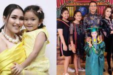 16 Anak artis jadi korban bully, terbaru anak Ussy Sulistiawaty