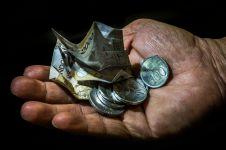 5 Cara uang receh di kantongmu bisa punya manfaat lebih