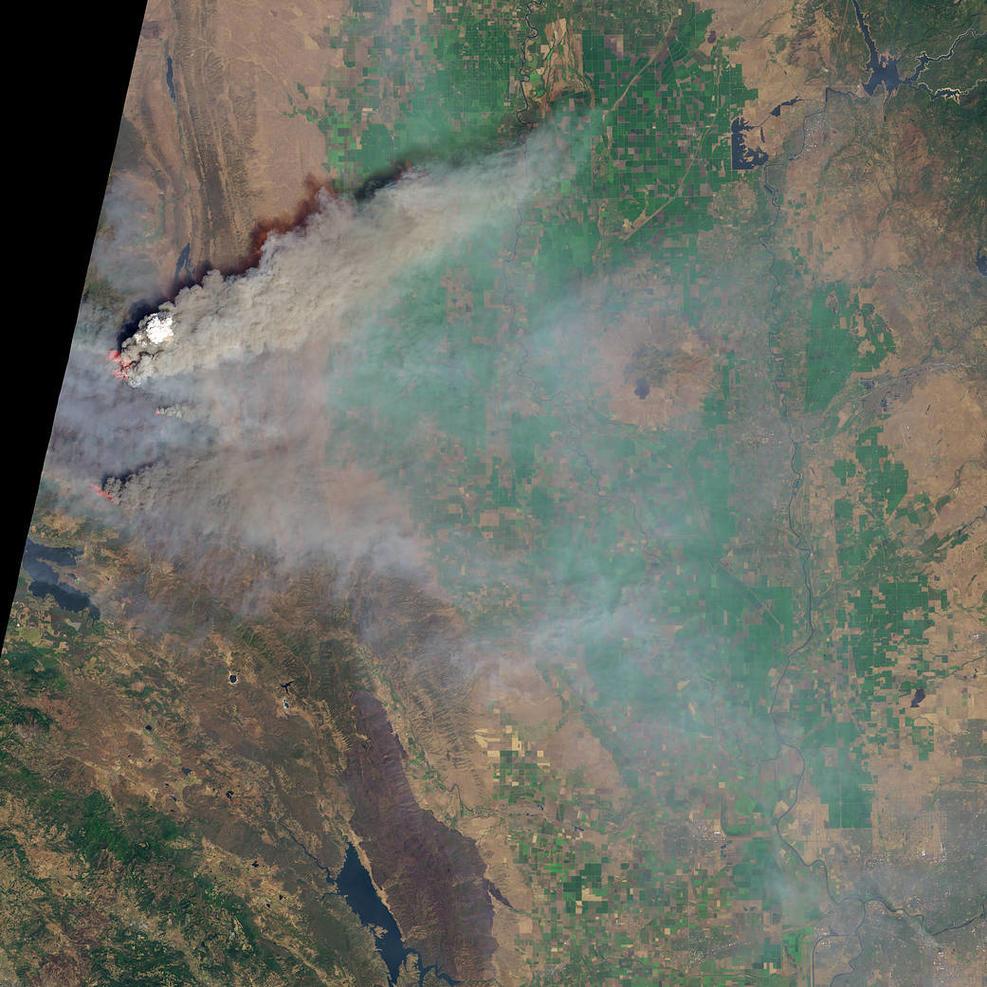 kebakaran hutan foto satelit © nbcdfw.com